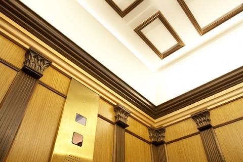 bespoke-heritage-special-passenger-lift-retail-sportsworld-glasgow-optimised.jpg