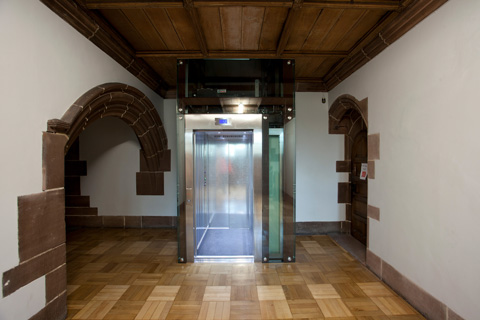 glass-lift-bespoke-passenger-lift-historic-heritage-liverpool-cathedral-optimised.jpg