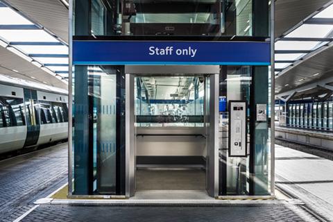 glass-lift-bespoke-passenger-lift-infrastructure-rail-london-bridge-station-optimised.jpg