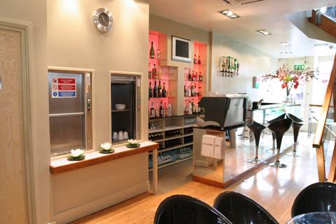dumbwaiter-microlifts-pair-brighton-bar-hospitality-optimised.jpg