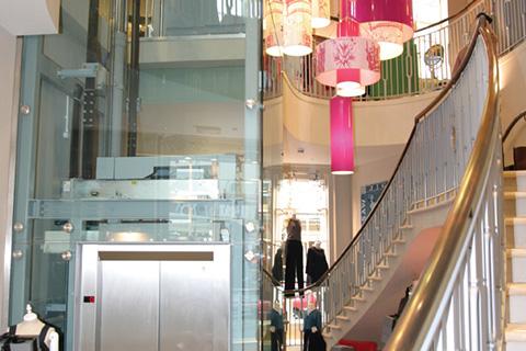 glass-lift-bespoke-passenger-lift-retail-jigsaw-bath-2-optimised.jpg