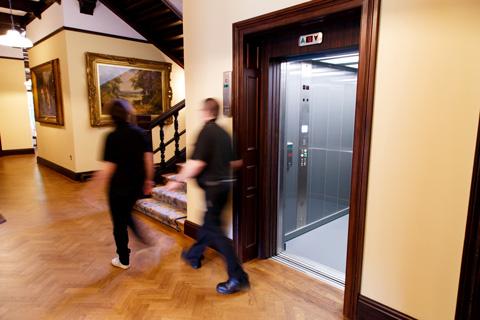 traction-lift-bespoke-passenger-lift-historic-heritage-leisure-wardown-house-museum-optimised.jpg